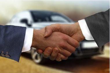 que es mejor comprar un coche o renting