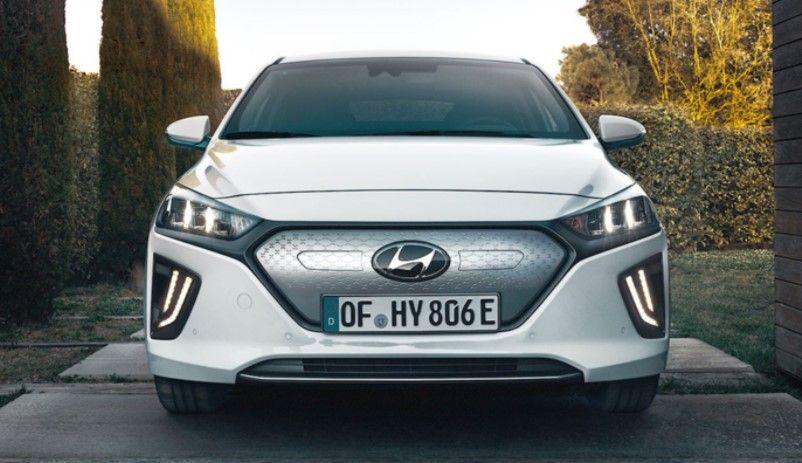 Renting Hyundai Ioniq eléctrico