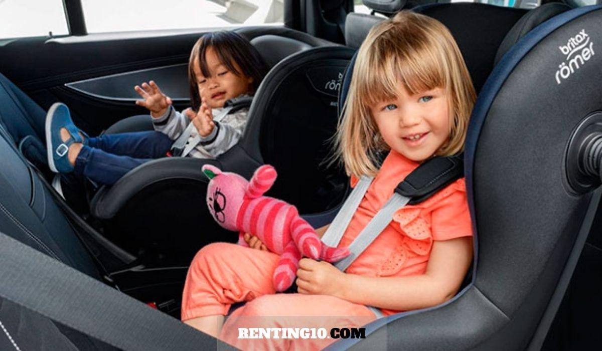 ¿Cómo debes fijar la silla de bebé en el coche?